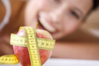 Perché non riesco a dimagrire? I 10 falsi miti sulle diete