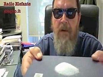 Ferrara mima sniffata di cocaina, le reazioni