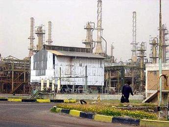 Iraq: miliziani Isil circondano raffineria di Baiji