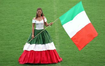 Ancora nessun 'effetto Mondiali', a rilento la vendita del tricolore