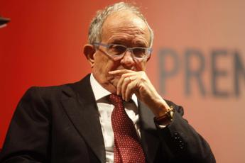 Finmeccanica, fondi neri per 17 mln di euro. Guarguaglini ai domiciliari
