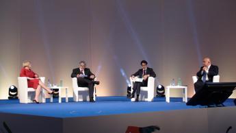 Consulenti lavoro a Poletti: ecco riforma per ripartire