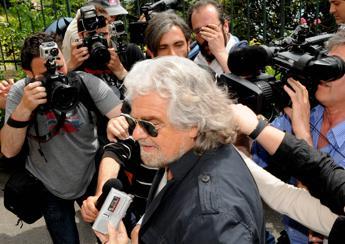 Grillo: Marino sindaco-zombie. Gaffe su topi e clandestini a Roma