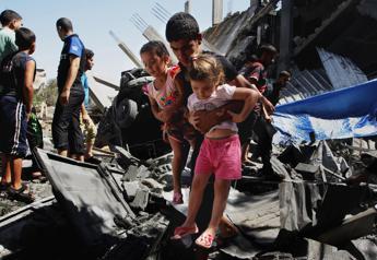 Ennahda accusa Il Cairo, ha impedito atterraggio ad aereo tunisino con aiuti per Gaza