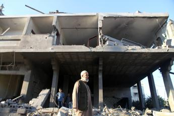 Ancora un morto nella Striscia di Gaza, bilancio sale a 196 vittime