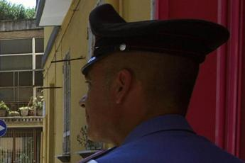 Bimba caduta dal balcone a Caivano, l'autopsia rivela: Subì abusi sessuali