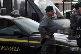 Firenze, un chilo di eroina nello zaino: arrestato corriere della droga