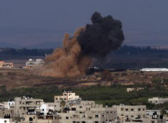 Palestinian militant killed in Israeli air strike