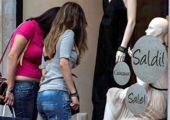 Lo psichiatra, 5 milioni di italiani colpiti da shopping compulsivo
