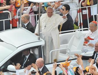 Francesco ai Paesi asiatici: I cristiani non vengono per conquistare ma per camminare assieme