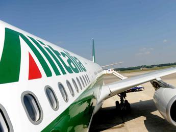 Alitalia-Etihad, scattano i tagli: dal 26 in mobilità 600 lavoratori