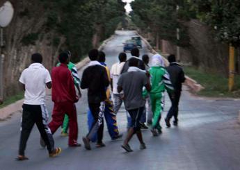 Profughi abbandonano hotel del nuorese dopo cinque giorni di permanenza