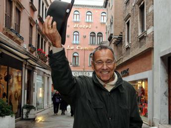 Il 'reazionario' Koncalovski a Venezia: La democrazia è un totem illusorio