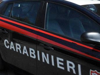 Disabile picchiato e rapinato in casa nel barese, quattro minori portati in comunità dai carabinieri