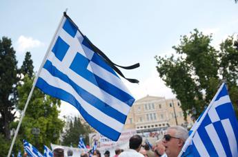 Moody's rompe tabù: Pil Grecia in salita se esce da euro. Ma la Finlandia gela Atene, nessuno sconto su debito
