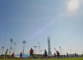 Mondiali 2022, per Amnesty il Qatar non rispetta gli impegni presi a tutela dei diritti dei lavoratori
