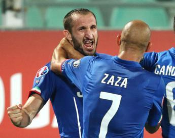 L'Italia batte l'Azerbaigian 2-1, per Chiellini doppietta e autogol