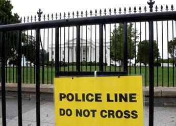 Obama in ascensore con un uomo armato nuova falla della for Disegni della casa del merluzzo del capo