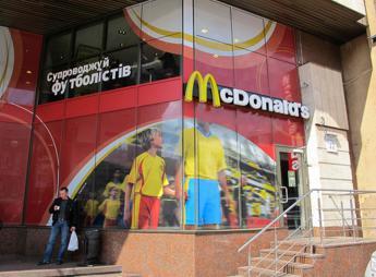 La crisi non risparmia i simboli del capitalismo: soffrono Coca-Cola, McDonald's e Ibm