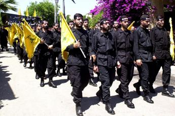 Libano, Hamas dichiara il proprio sostegno a Hezbollah dopo l'attacco a un convoglio israeliano alle fattorie di Shebaa