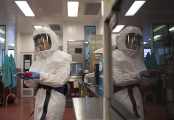 Ebola infected nurse's condition 'stable'