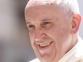 Il Papa spegne 78 candeline: da fedeli e parenti gli auguri di buon compleanno