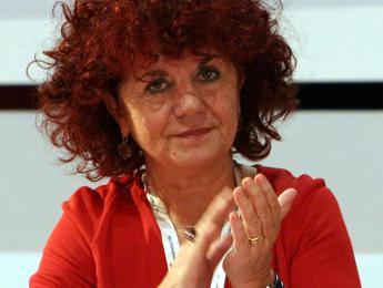 Violenza sulle donne, Fedeli: La prevenzione parte dai programmi scolastici