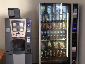 1 distributore automatico ogni 73 abitanti, Italia al top in Ue