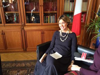Lorenzin firma Carta di Milano, impegno per politiche mirate