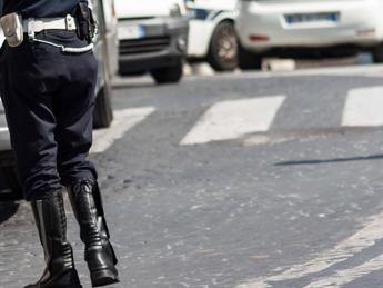 Ancona, autobus si schianta contro un muro: 18 feriti