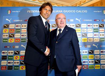 I club accolgono la richiesta di Conte, la serie A finirà il 15 maggio