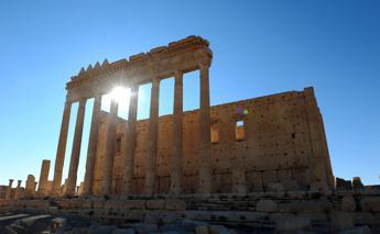 Lo Stato Islamico si avvicina a Palmira, a rischio sito Unesco in Siria