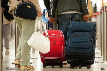 Pronti per le vacanze, 7 italiani su 10 scelgono l'Europa e l'80% usa l'auto