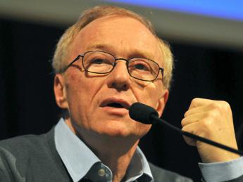Appello di Oz, Grossman e Yehoshua ai Parlamenti europei, riconoscete la Palestina