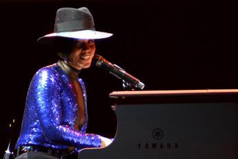 Le proteste di New York hanno un inno, Alicia Keys lancia 'We Gotta Pray'