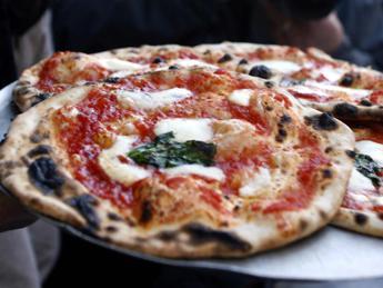 Pizza napoletana patrimonio Unesco, la petizione sbarca a New York