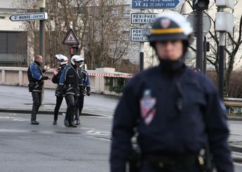 Allarme terrorismo in Francia, il premier Valls annuncia nuove misure