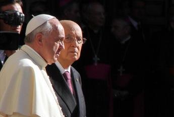 Napolitano scrive al Papa: Ancora troppe forme di schiavitù, spetta ai governi agire