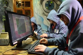 Cyberattack nella Pa: Comuni, Asl e ospedali a rischio furti identità