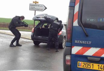 Francia, dopo gli attacchi ci sono deputati che invocano un Patriot Act alla francese