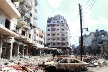Ministro Damasco accusa la Turchia di aver dichiarato guerra alla Siria e promette risposta strategica