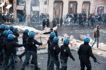Furia ultrà, Marino: Amichevole Olanda-Italia per riparare danni piazza di Spagna