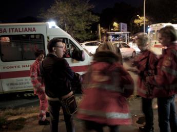 Non c'è posto in ospedale, neonata muore in ambulanza a Catania Mattarella: Incredulità per quanto successo