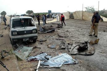 Libia, autobomba a Tripoli: un morto e due feriti