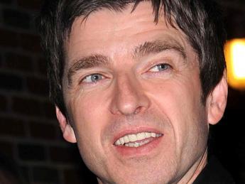 'Musica per f*****e nonnette', Noel Gallagher contro Adele