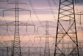 Sale ancora la bolletta elettrica delle famiglie, a 503 euro nel 2014
