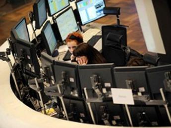 Europee chiudono miste in attesa Fed e Grecia, Milano -0,69%