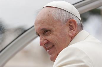 Grande attesa per il Papa a Poggioreale, maccheroni al forno e arrosto per il pranzo con i detenuti