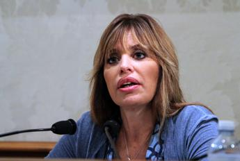 Regionali in Campania, Mussolini: Vittoria De Luca alle primarie è una truffa ai cittadini