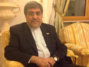 Iraq, ministro Cultura Iran: Is retrogrado, nemico del rinnovamento